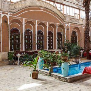 adibolmamalek hotel (2)